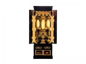 3尺仏間に収まる本願寺派用の京型仏壇です。