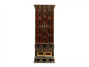表の木目が美しく金具の豪華な名古屋仏壇です。