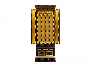 金具も豪華で高級感のある名古屋仏壇です。