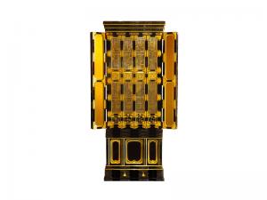 障子に彫刻と蒔絵を施した名古屋仏壇をベースに製作した国産仏壇。