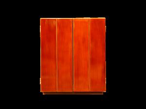 春慶塗りの濃淡のある深い色合いがとても上品です。
